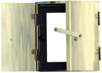 Kakelugnsram mässingmed glasluckaKakelugnsdiameter 66,69 cm